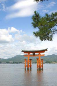 安芸の宮島・厳島神社